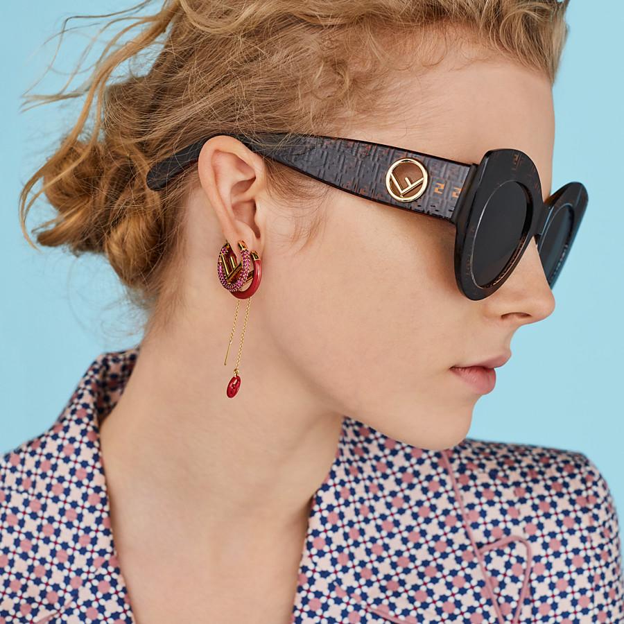 Fendi  vznik a história luxusnej značky slnečných a dioptrických okuliarov 5aaf1c5c7c